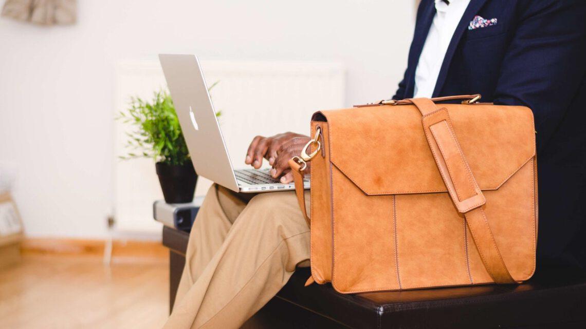 Een stijlvolle zakelijke laptoptas kopen? Zo vind je de juiste!